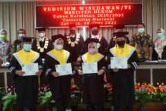 Foto Bersama Wisudawan/wati dalam Yudisium Magister Hukum Sekolah Pascasarjana Universitas Nasional pada hari Sabtu, 19 Juni 2021