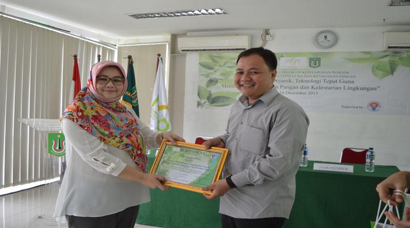 {:id}Menuju Pertanian Organik Indonesia{:}{:en}Toward Organic Farming Indonesia{:}