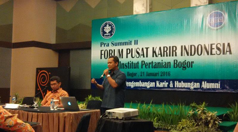 Pra Summit II Forum Pusat Karir