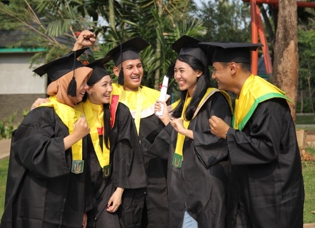 Wisuda Internal Fakultas Biologi UNAS