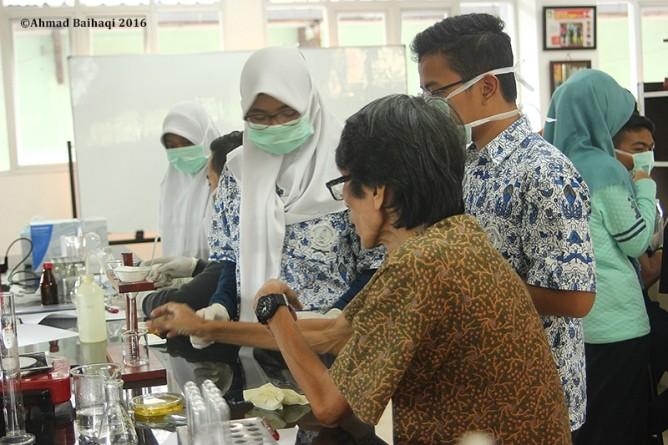 FABIO UNAS Ajak KIR SMA Sumbangsih Uji Boraks dan Formalin Pada Makanan