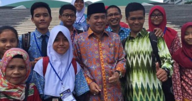 Hardiknas, Ketua DPR Dorong Edukasi Parlemen
