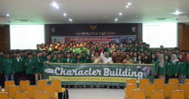 unas-cb-foto-bersama-rektor-unas