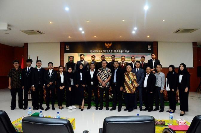 Kemeriahan Yudisium Fakultas Hukum
