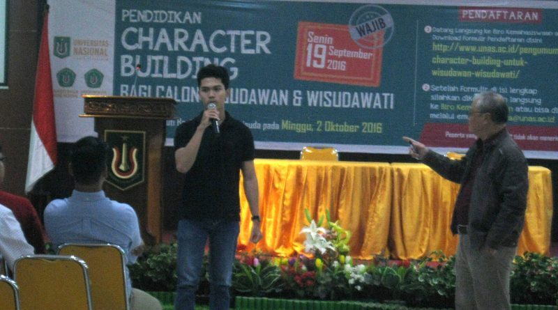 unas-cb-wisudawan