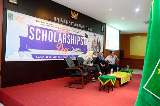 Semarak Scholarships Day Universitas Nasional