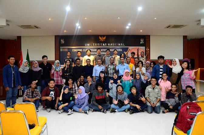 Foto Bersama dalam  Pekan Kreativitas Mahasiswa (PKM) di Ruang Aula Blok 1 Lantai IV Universitas Nasional, Sabtu (29/10)
