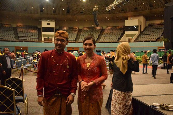 Wirausahawan Muda dan CNN Indonesia News Anchor Didaulat Menjadi MC Wisuda UNAS.