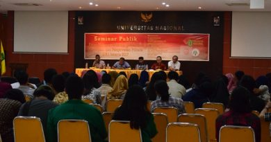 Seminar Publik di Universitas Nasional