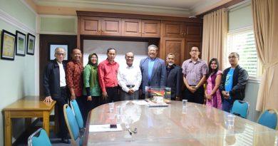 Silaturahmi Alumni Teknik Fisika Dengan Rektor