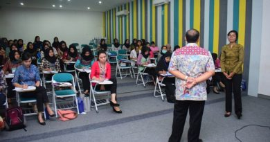 Seminar dan Pelatihan FIKES UNAS
