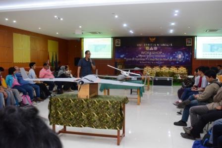 Pamerkan Hak Paten, Alumni Teknik Fisika Terbangkan Drone di Workshop PPTA