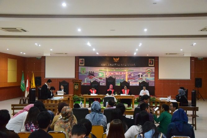 Rayakan Dies Natalis ke – 32 Fakultas Hukum Adakan  Kompetisi Peradilan Semu Internal