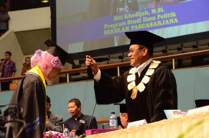 Pengukuhan Wisudawan UNAS Periode 1 2013