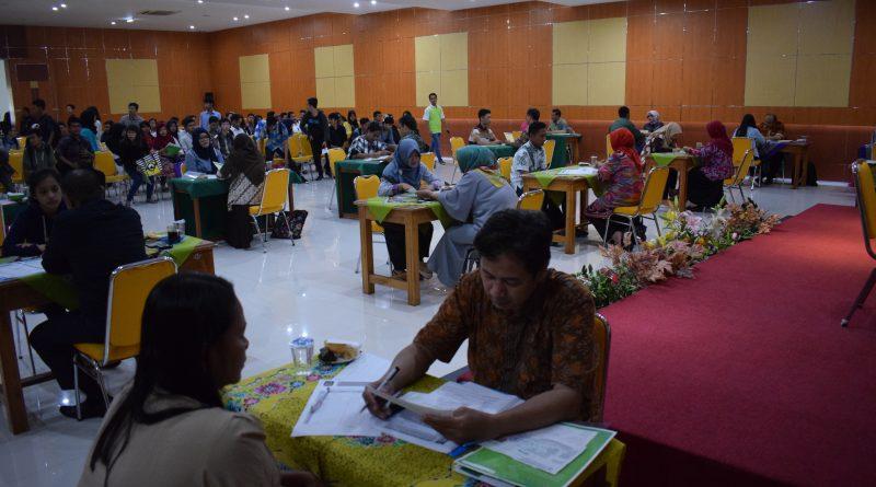 Ikuti Test Gelombang ke V, Sebanyak 700 Camaba Padati Gedung UNAS Sejak Pagi Hari