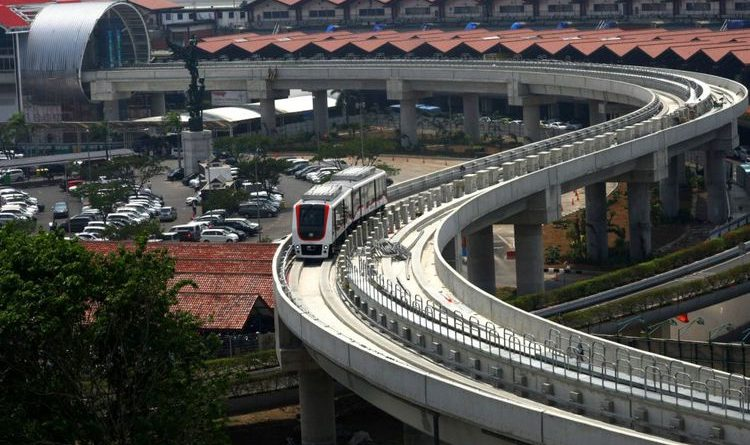 SkytrainBandara Soekarno HattaMulai Beroperasi