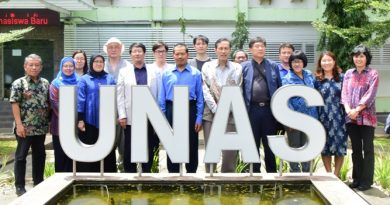 Foto Bersama ditaman Unas 2