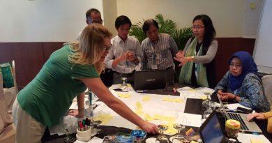 CSERM UNAS Ikuti Kick Off Meeting Proyek Blue Communities Guna Jaga Kelestarian Laut