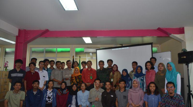 Himpunan Mahasiswa Teknik Fisika Gelar Kuliah Umum Fisika Bangunan