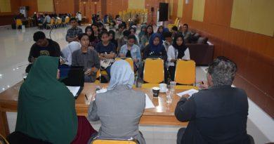 Seminar Nasional Demokrasi dan Penguatan Partisipasi Masyarakat