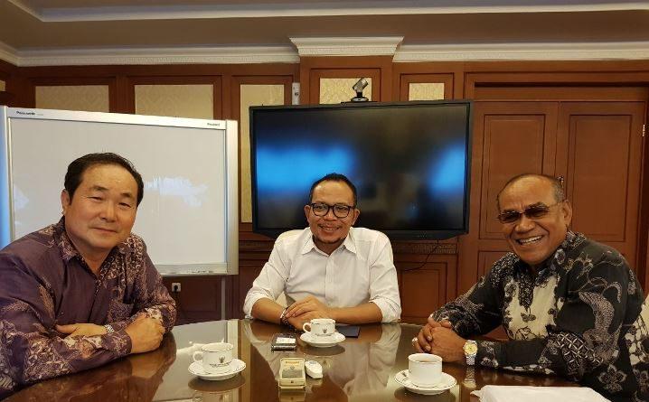 Rektor UNAS dan President PT CYBER EDU INDO bertemu Menaker Bahas TKA