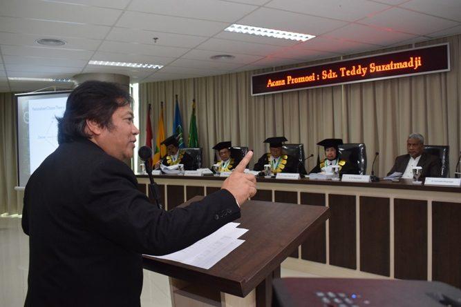 Jadi Doktor Ilmu Politik, Teddy Suratmadji Sebut Kebakaran Hutan Riau ada Kontestasi Kepentingan