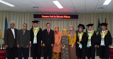 Raih Doktor Ilmu Politik, Dhahana Putra Bahas Kasus HAMG30S/PKI