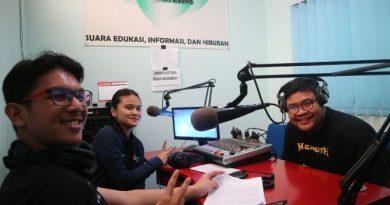 Komedian dan Pemain Film Hifdzi Khoir Sambangi UNAS Radio (7)