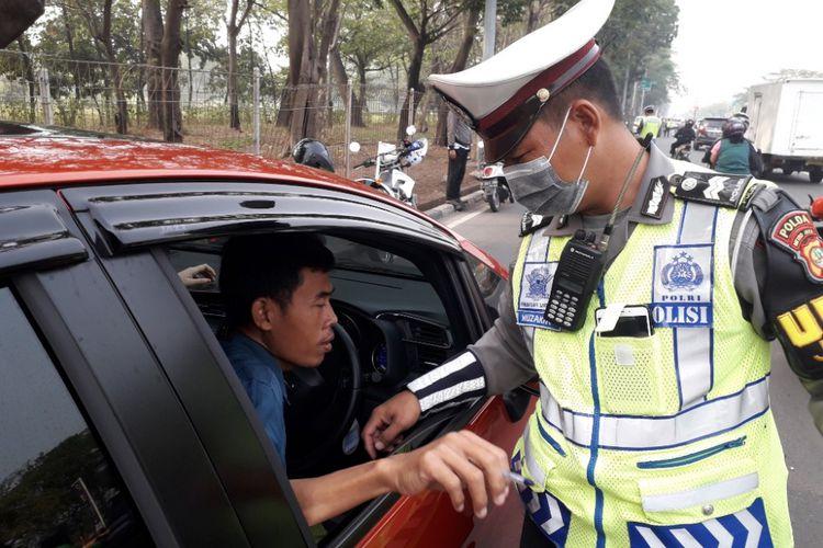 Kebijakan Ganjil Genap Juga Akan Berlaku di Luar Jakarta