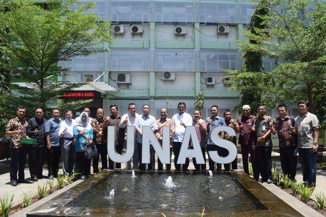 Kunjungan DPRD Tulang Bawang ke UNAS (18