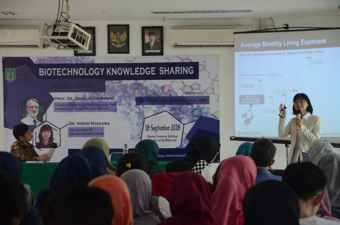Seminar Biotechnology Knowledge Sharing Di UNAS (7)