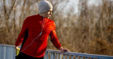 Olahraga Sambil Dengerin Musik Ternyata Ada Manfaatnya Bagi Kesehatan