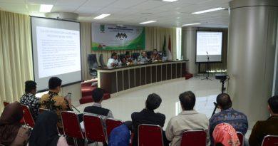 UNAS adakan Seminar Terbatas Mengawal Pemilu yang Konstitusional & Bebas Korupsi (4)