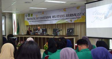 Lewat FIRJ, Kenalkan Dunia Jurnalistik Kepada Mahasiswa HI