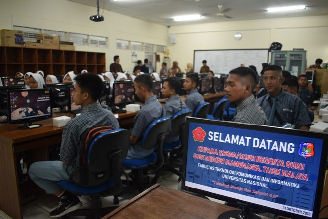 FTKI UNAS Terima Kunjungan SMKN Manonjaya-TasikMalaya (1)
