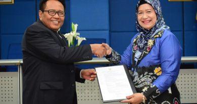 Pengangkatan Jabatan Akademik Sebagai Profesor Dr. Drs. Eko Sugiyanto, M.Si Dalam Bidang Ilmu Administrasi Publik