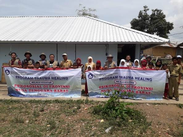 UNAS Berikan Trauma Healing Kepada Korban Bencana Palu dan Lombok