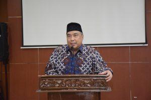Ketua Pengurus Yayasan Memajukan Ilmu dan Kebudayaan (YMIK) Dr. H. Ramlan Siregar, M.Si.