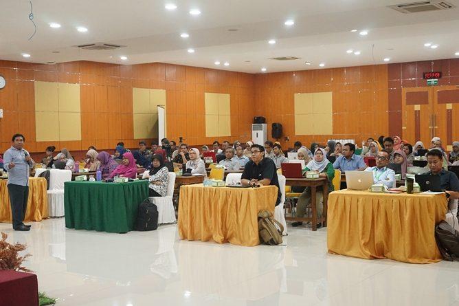 Workshop Portofolio KPT SN-DIKTI Kompetensi Lulusan Era Revolusi Industri 4.0 pada Senin (22/7) di Auditorium Blok 1 lantai 4 UNAS