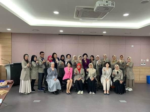 Kunjungan Fikes Unas ke Korea Selatan