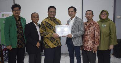 Seminar Hukum Jaminan Gadai Fakultas Hukum Unas