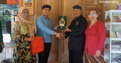 Fakultas Hukum UNAS Gelar PKM di Desa Adat Sinarresmi, Sukabumi