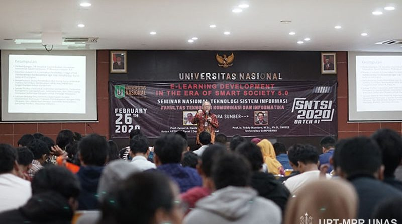 "Seminar Nasional Teknologi Sistem Informasi ""E-Learning Development In The Era Of Smart Society 5.0"" pada Rabu (26/2) di Auditorium blok 1 lantai 4 Unas"