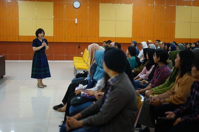 Suasana saat kuliah umum di Auditorium Blok 1 Lantai 4 Unas, pada Senin, 02 Desember 2020