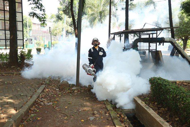 Sasaran pengasapan fogging yaitu saluran air dan tempat-tempat bersarangnya nyamuk, begitu pula sudut area kampus.
