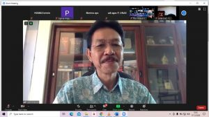 Dosen Sekolah Pascasarjana UNAS Prof. Syarif Hidayat saat memaparkan materinya dalam webinar seminar nasional pada kamis 17 Desember 2020
