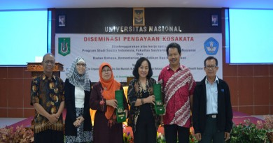 {:id}Diseminasi Pengayaan Kosakata Oleh Sastra Indonesia{:}{:en}Enrichment dissemination Vocabulary By Literature Indonesia{:}